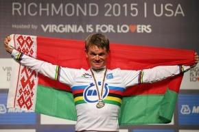 Флаг Беларуси в Рио понесет атлет, назвавший белорусский языкмертвым
