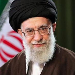 США ввели жесткие санкции против лидера Ирана АлиХаменеи